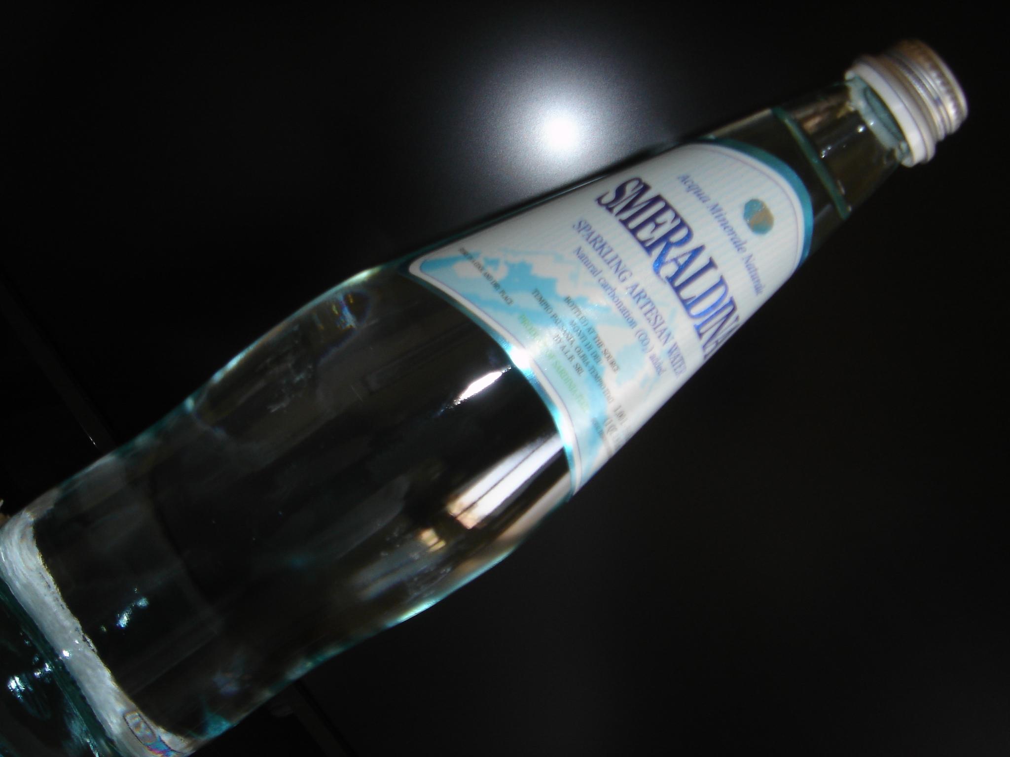 Smeraldina Natural Artesian Water